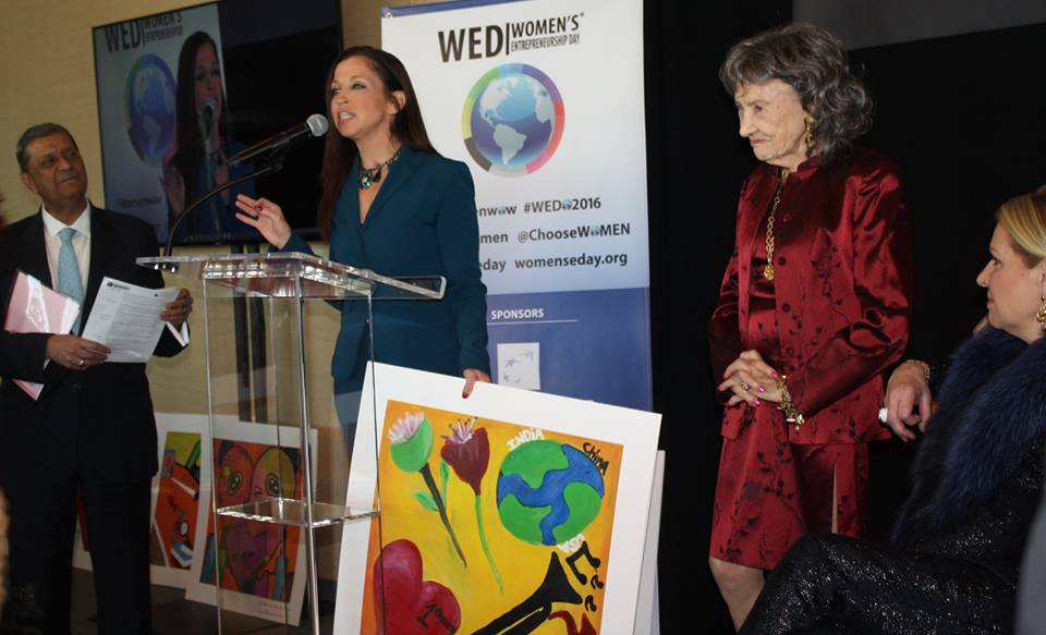 Wendy Diamond and 98-year-old yoga master Tao Porchon-Lynch at Women's Entrepreneurship Day at United Nations in New York - November 18, 2016