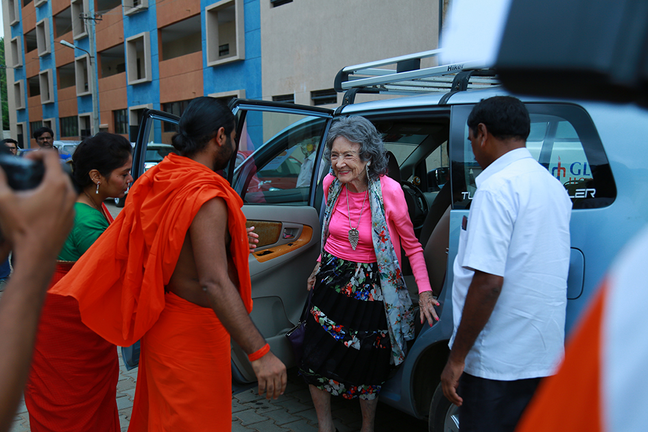 98-year-old yoga master Tao Porchon-Lynch arriving at the 2017 Yoga Ratna Awards in Bangalore, India - June 20, 2017