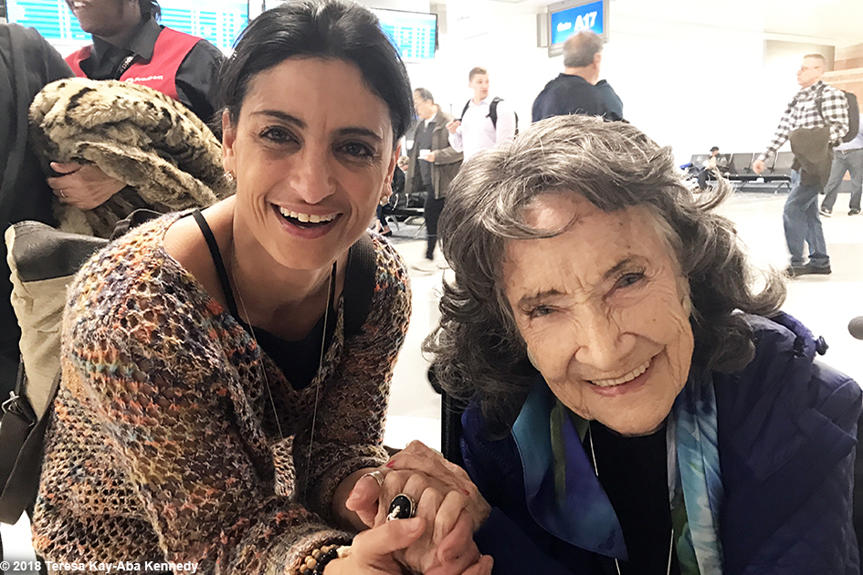 99-year-old yoga master Tao Porchon-Lynch at Phoenix Airport in Arizona - February 7, 2018