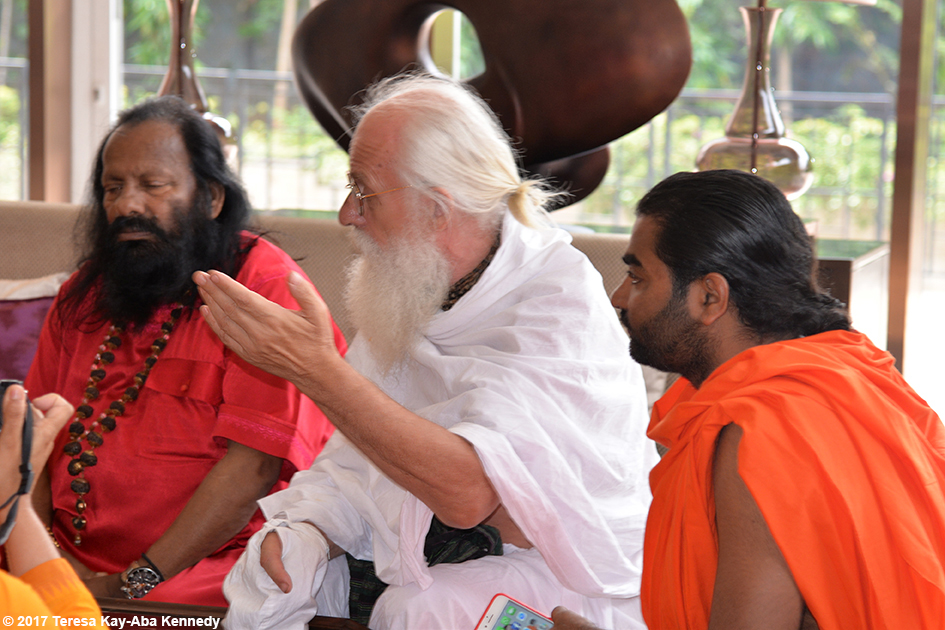 Pilot Baba, Jagadananda Das, Shwaasa Guru at award ceremony in Bangalore, India - June 19, 2017