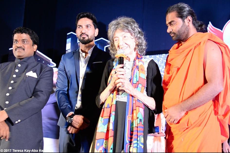 98-year-old yoga master Tao Porchon-Lynchreceiving award in Bangalore, India - June 19, 2017